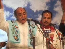 Dr Pandit Gokulotsavji Maharaj performing with his son Pandit Vrajotsavji Maharaj